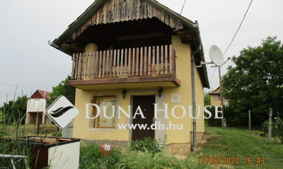 Eladó Ház, Baranya megye, Pécs, Magnólia utca