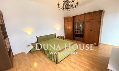 Eladó Ház, Budapest, 18 kerület, Frekventált helyen családi ház vállalkozásra is
