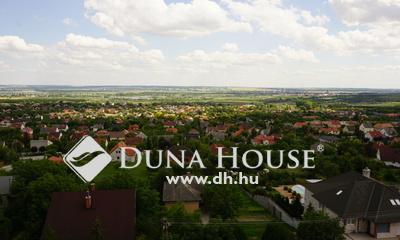 Eladó Lakás, Veszprém megye, Várpalota, Azonnal költözhető, szép kilátással.