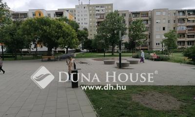 Eladó Lakás, Budapest, 3 kerület, Békásmegyeri piac szomszédságában