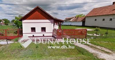 Eladó Ház, Jász-Nagykun-Szolnok megye, Nagyiván, Központi elhelyezkedés, nagy telek!
