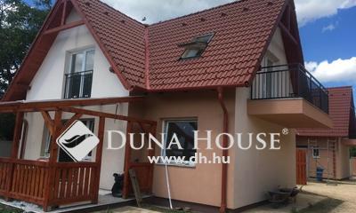 Eladó Ház, Budapest, 15 kerület, Családi házas övezetben