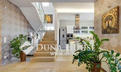 Eladó Lakás, Budapest, 3 kerület, Táborhegyen LUXUS lakás saját kerttel!