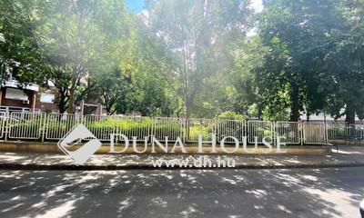 Eladó Lakás, Budapest, 8 kerület, Corvin közeli-3 szoba-nagy konyha-parkoló!