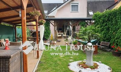 Eladó Ház, Győr-Moson-Sopron megye, Sopron, fiatalosan kialakított nappali+3 szobás kertes ház