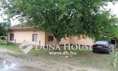 Eladó Ház, Bács-Kiskun megye, Izsák, Matyó utca