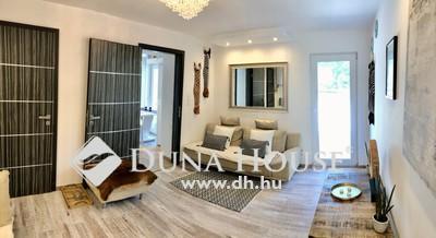 Eladó Ház, Budapest, 3 kerület, Kertvárosi, felújított, nagy terasz!