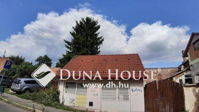 Eladó üzlethelyiség, Baranya megye, Pécs, === üzlet belváros szélén===