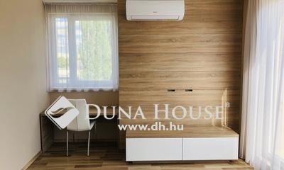 Eladó Lakás, Budapest, 13 kerület, Duna Plaza környékén 4 szobás, 3 erkélyes, újszerű