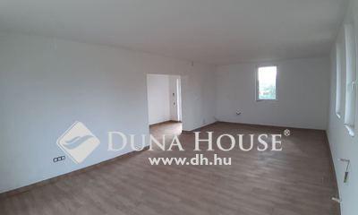 Eladó Ház, Pest megye, Nagytarcsa