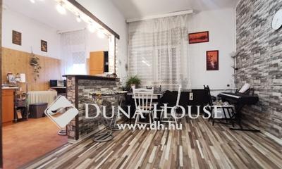 Eladó Ház, Komárom-Esztergom megye, Tatabánya, Szabadság tér