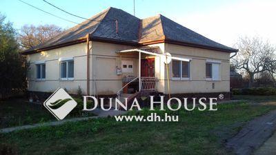 Eladó Ház, Bács-Kiskun megye, Tass