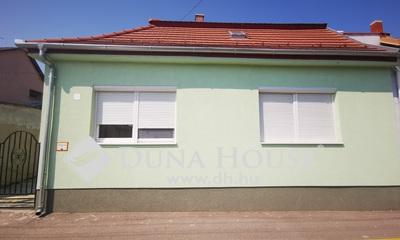 Eladó Ház, Győr-Moson-Sopron megye, Győr, Nyár utca