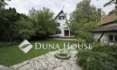 Eladó Ház, Bács-Kiskun megye, Kecskemét, Petőfivárosban nappali+4 szobás családi ház