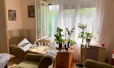 Eladó Ház, Budapest, 20 kerület, Kertkapcsolatos, napfényes tégla lakás!
