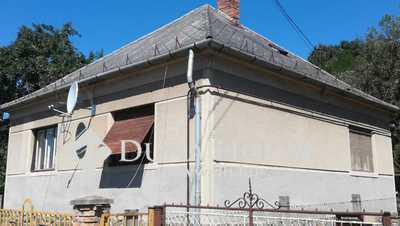 Eladó Ház, Baranya megye, Mánfa, 'Erdő szélén házikó, ablakában ...'