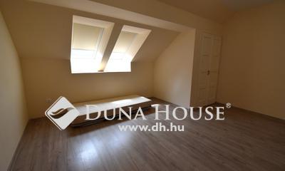 Kiadó Lakás, Bács-Kiskun megye, Kecskemét, 49 m2-es újépítésű lakás a belvárosban kiadó