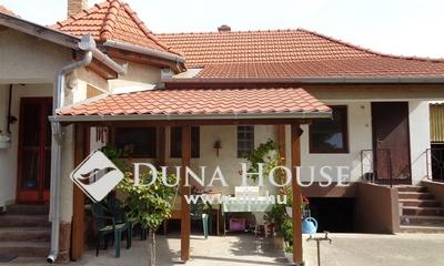 Eladó Ház, Bács-Kiskun megye, Izsák, Iskola közelében 3 szobás családi ház eladó