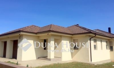 Eladó Ház, Szabolcs-Szatmár-Bereg megye, Nyíregyháza, Malomkert új építésű részén