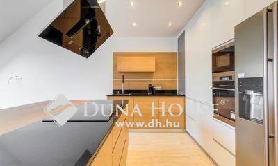 Eladó Ház, Budapest, 11 kerület, MINŐSÉGI IKERHÁZ, MEDENCÉVEL 2 AUTÓNAK GARÁZZSAL