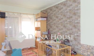 Eladó Ház, Pest megye, Nagykőrös, Nappali + 2 szobás, cirkós, kis udvaros házrész