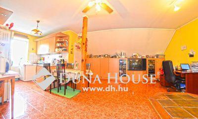 Eladó Lakás, Budapest, 19 kerület, Kispest Óváros részén 3 szobás lakás kerttel