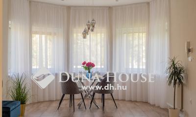 Eladó Lakás, Budapest, 14 kerület, ÚJSZERŰ 4 szobás, 2 fürdőszobás, erkélyes
