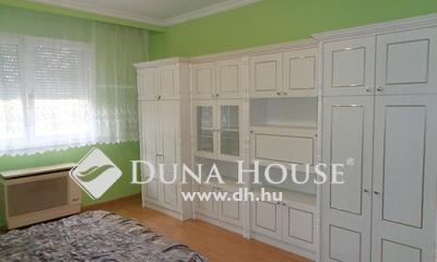 Kiadó Lakás, Bács-Kiskun megye, Kecskemét, Rendőrség közelében szép állapotú 2szobás