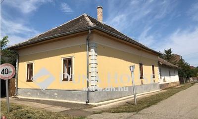 Eladó Ház, Jász-Nagykun-Szolnok megye, Kisújszállás, Táncsics Mihály utca