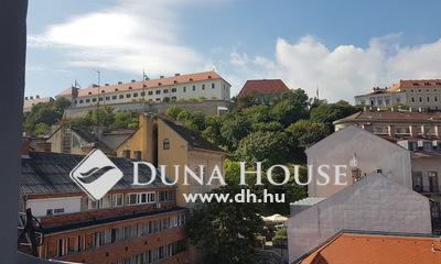 Eladó Szálloda, hotel, panzió, Budapest, 1 kerület, Dunai panorámás boutique hotel a Vár alatt