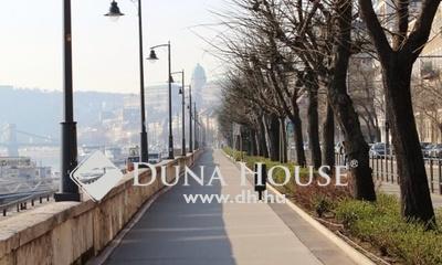 Eladó Lakás, Budapest, 2 kerület, vízivárosi felújított polgári lakás szép házban