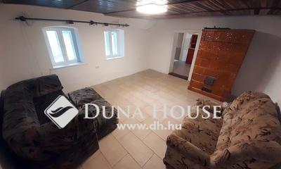 Eladó Ház, Komárom-Esztergom megye, Környe, Csendes utcában