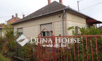 Eladó Ház, Bács-Kiskun megye, Izsák, Bartók Béla utca