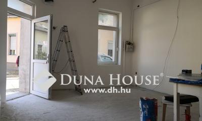 Eladó üzlethelyiség, Budapest, 15 kerület
