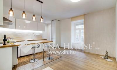 Eladó Lakás, Budapest, 8 kerület, Exkluzív design lakás AUTÓBEÁLLÁSI lehetőséggel!