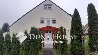 Eladó Ház, Baranya megye, Pécs, ===Nagy családi ház csendes környéken===