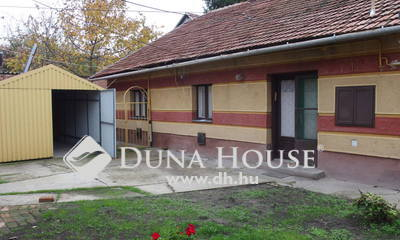 Eladó Ház, Bács-Kiskun megye, Kiskunfélegyháza, Két lakrészből álló legbelső házrész a központban