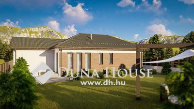 Eladó Ház, Bács-Kiskun megye, Kecskemét, 100 nm nappali + 4 szoba + 2 fürdő - 567 nm telken