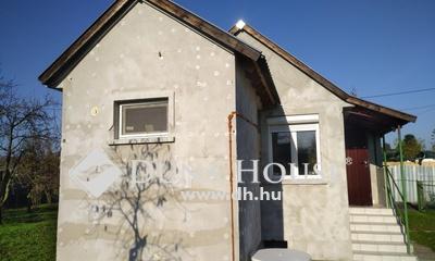 Eladó Ház, Győr-Moson-Sopron megye, Győr, Szentiván zártkerti részén kis házikó,nagy telken