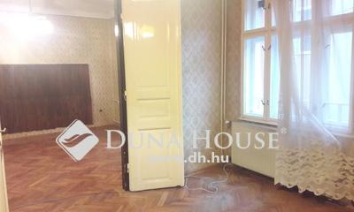 Eladó Lakás, Budapest, 3 kerület, Amfiteátrumnál csendes utca, kis lakásszámú házban