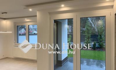 Eladó Ház, Pest megye, Göd, Pár perc sétára a Dunától.