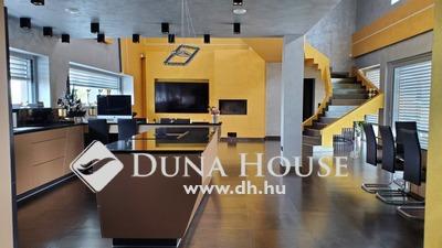 Eladó Ház, Pest megye, Pilisvörösvár, Egyedi Luxus gyönyörű panorámával
