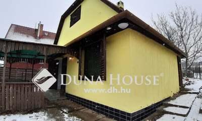Eladó Ház, Baranya megye, Pécs, === Lakható hétvégi ház jó helyen===